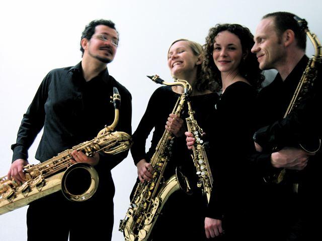 Miriam Dirr & Saxophonquartett