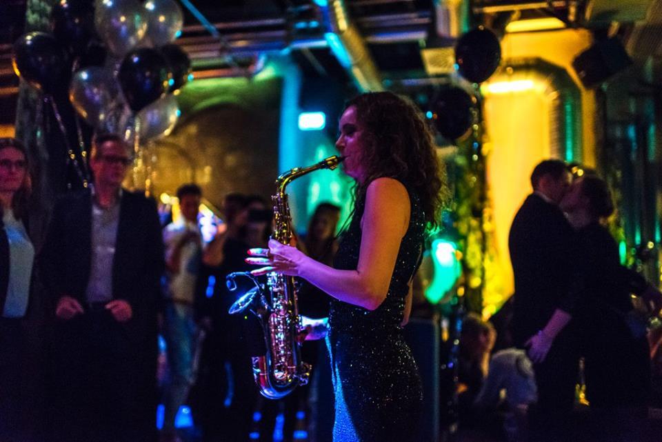 Saxophonistin Hochzeit Miriam Dirr