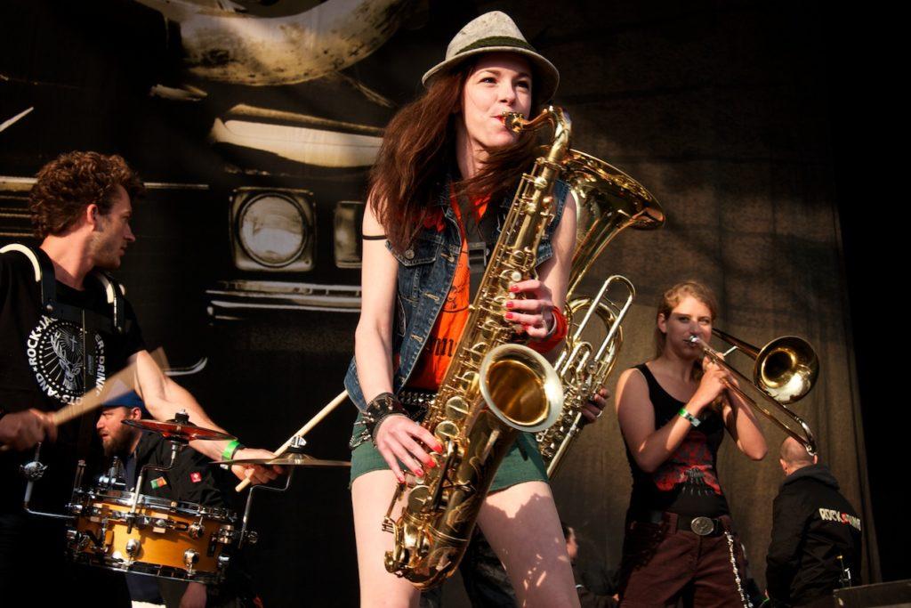 Saxophonistin Miriam Dirr @ Rock am Ring
